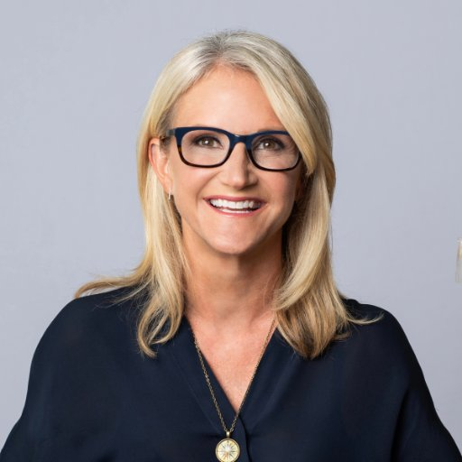beat procrastination - author of the 5 second rule, mel robbins
